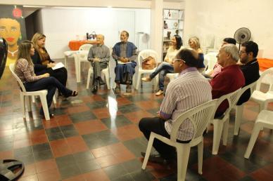 reuniao-escritores-edmea-ubirajara-140217-7